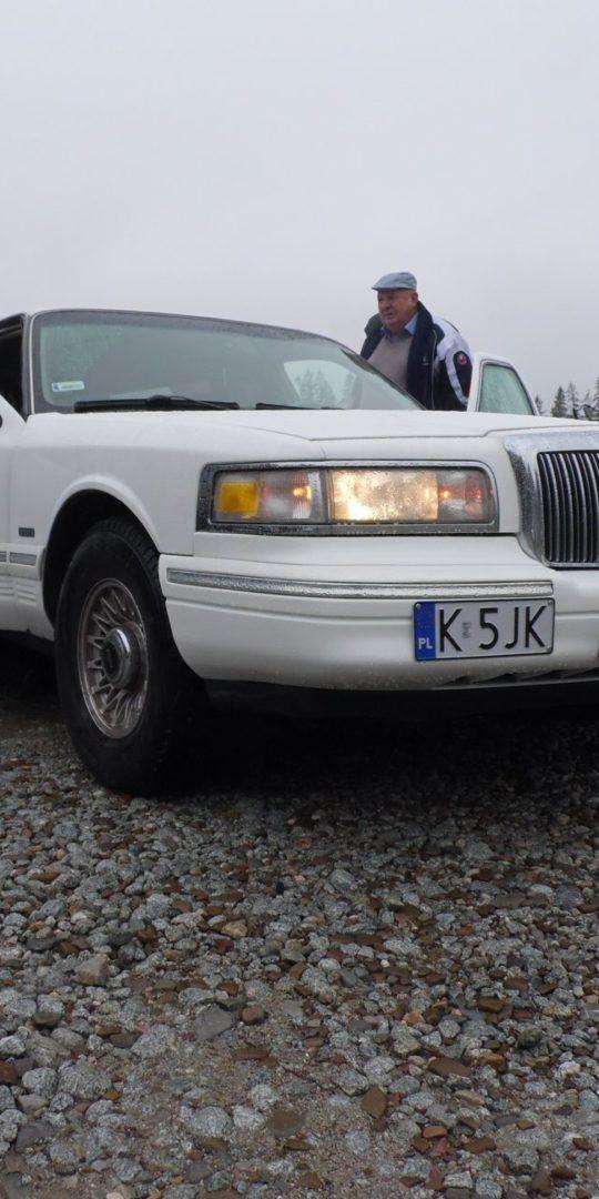 http://glodowka.com.pl/wp-content/uploads/2020/07/Glodowka_NB_Wesela_w_gorach_sluby_panorama_Tatr_auto_limuzyna-540x1080.jpg