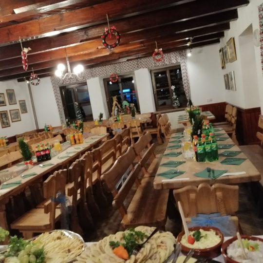 https://glodowka.com.pl/wp-content/uploads/2020/07/Glodowka_NB_Wesela_w_gorach_sluby_panorama_Tatr_Sala_taras_3-540x540.jpg